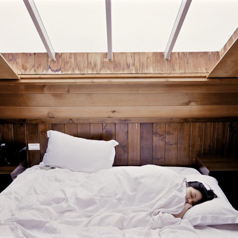 Best Comforters - Featured