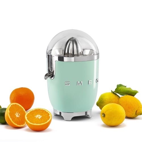 Best Juicers - Smeg Citrus Juicer