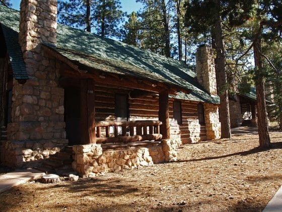 Vacation Cabins: Airbnb vs. Vrbo
