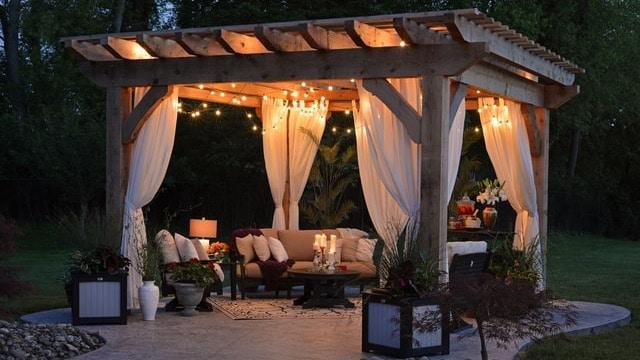 Backyard Ideas - Romantic Gazebo