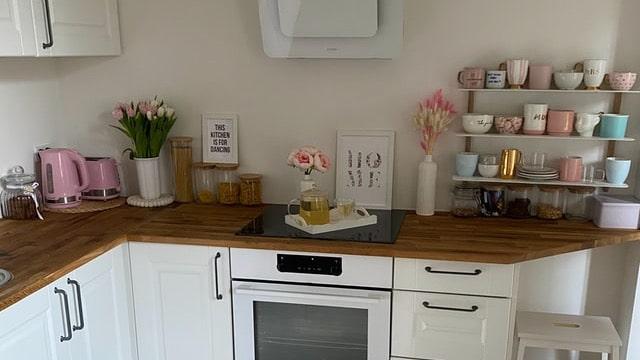 Kitchen Shelving Ideas - Minimalist Design