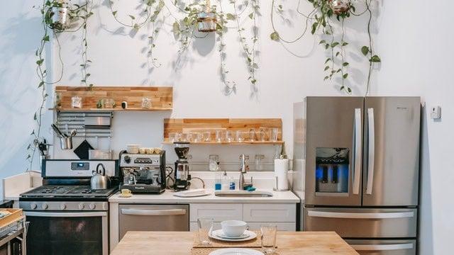 Kitchen Shelving Ideas - Organic Elements